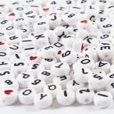 Buchstaben-Perlen, Weiß, Größe 7 mm, Lochgröße 1,2 mm, 25 g/ 1 Pck.